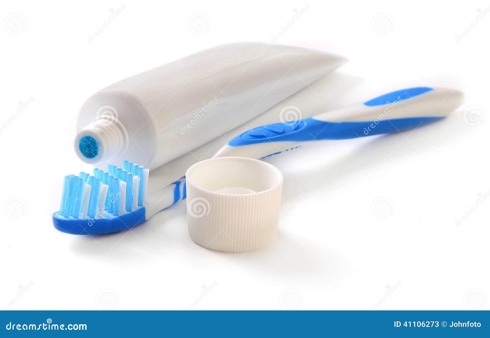Как сделать зубную щетку и пасту для кукол