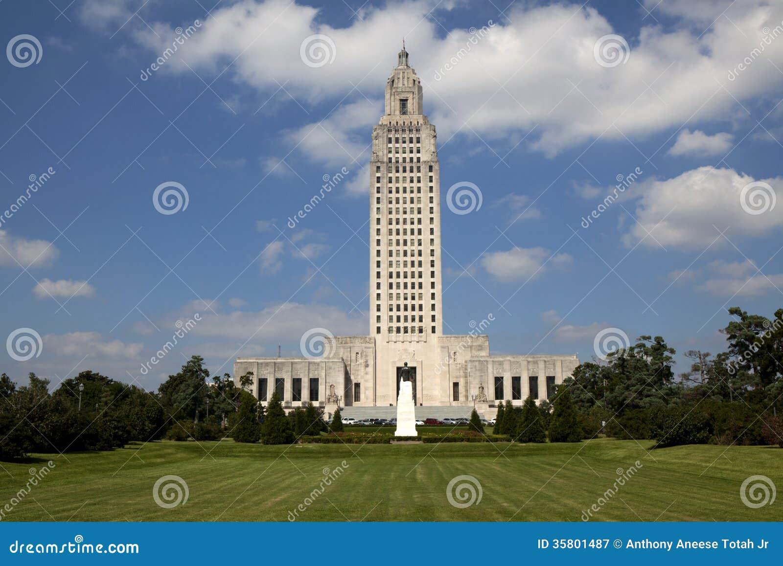 Здание капитолия положения Луизианы