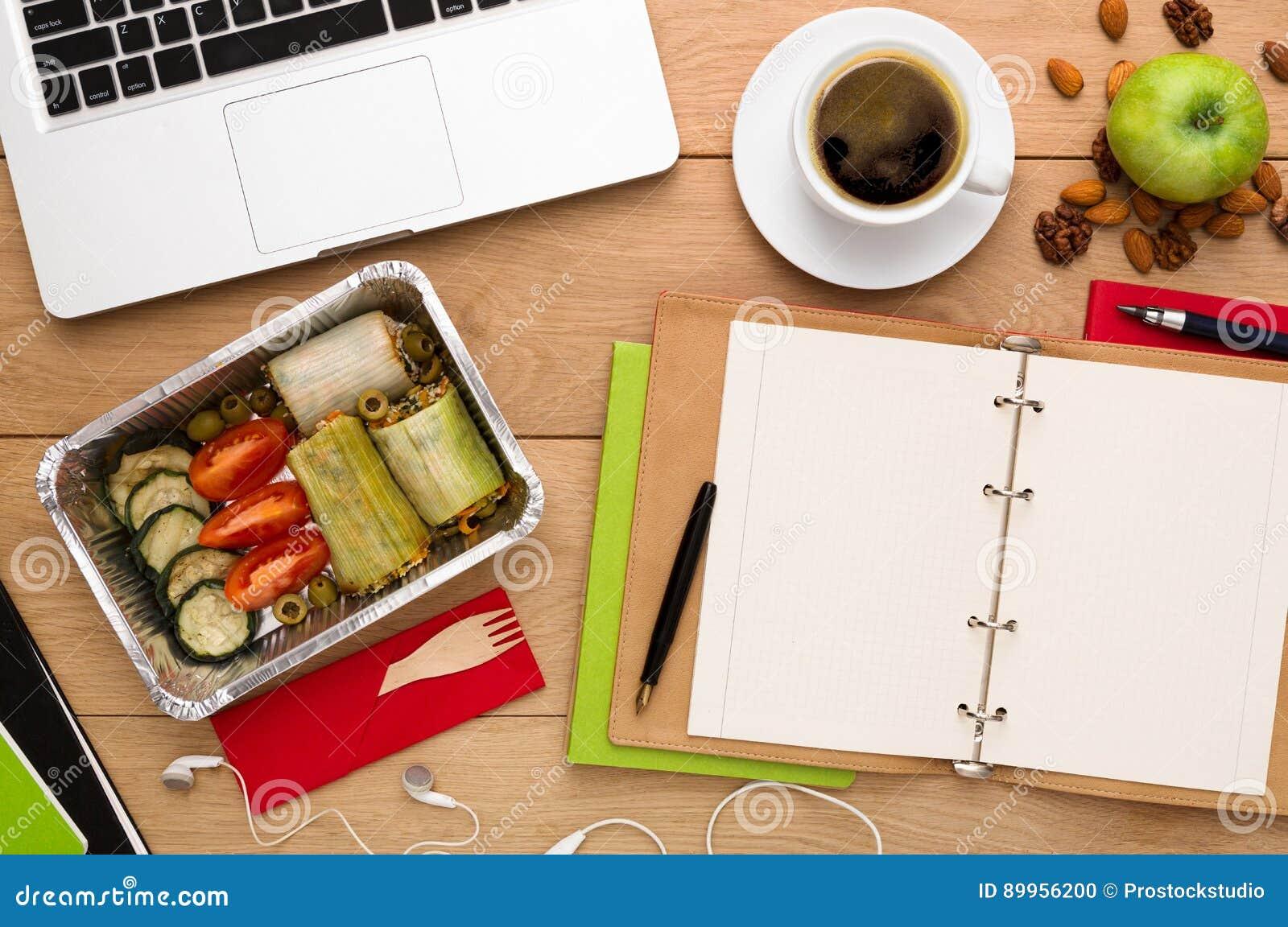 Здоровая поставка еды, коробка для завтрака с едой диеты