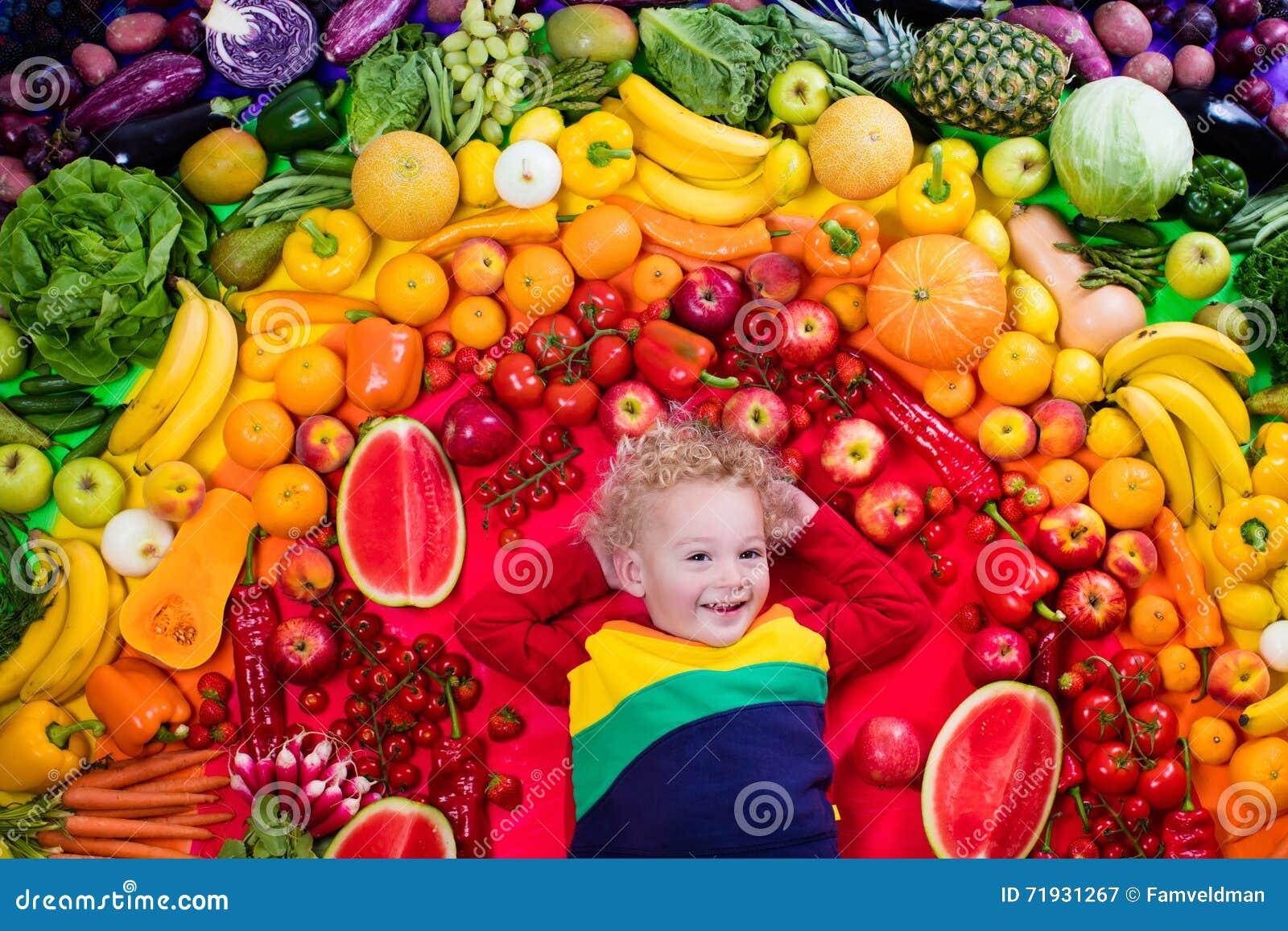 Здоровое питание фрукта и овоща для детей