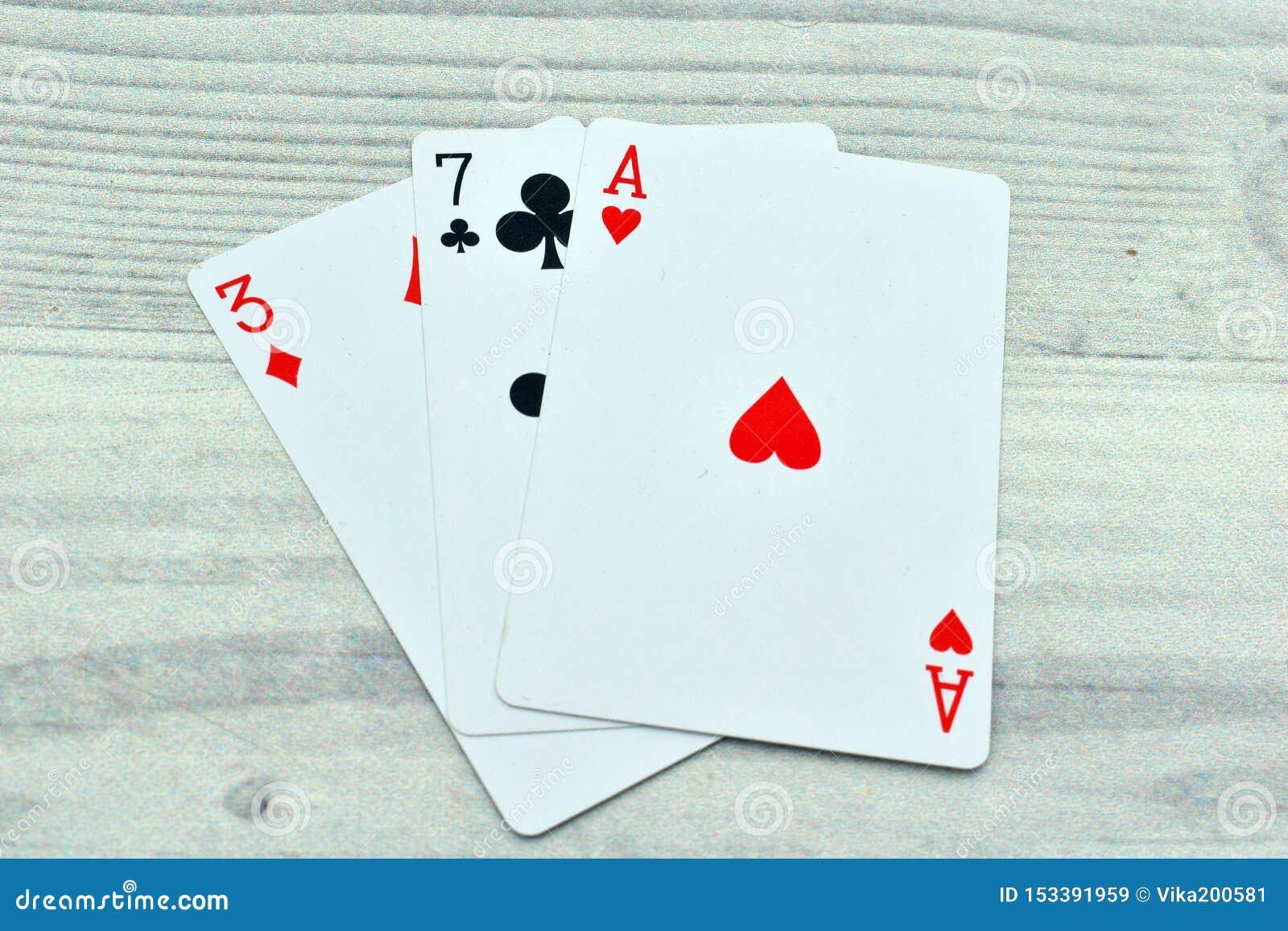 T играть с картами покер техасский холдем онлайн играть бесплатно