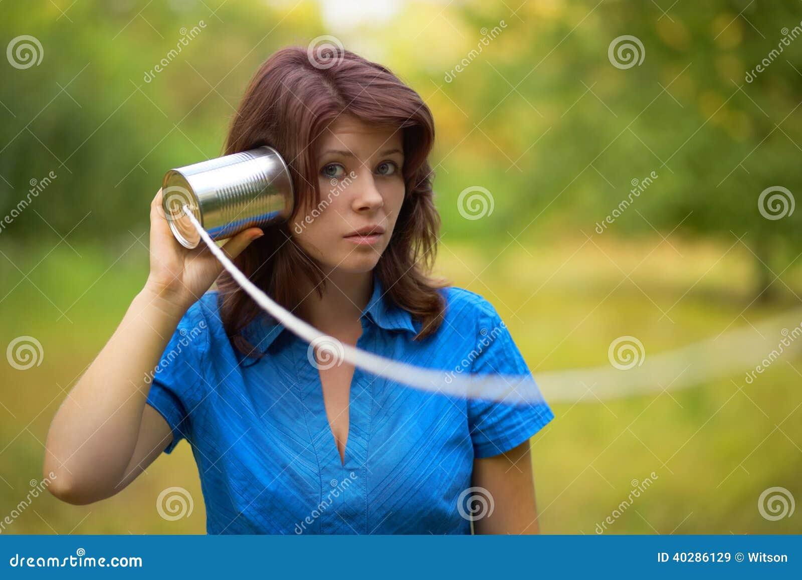 Играть женщину напольный портрет