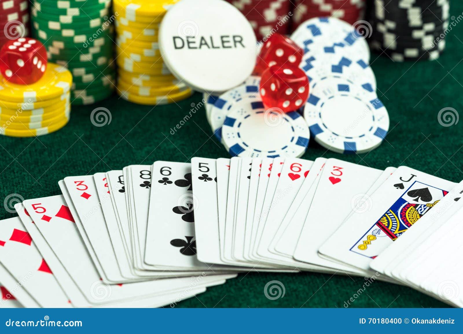Азартные игры покер на костях игровые автоматы бесплатно мега дж