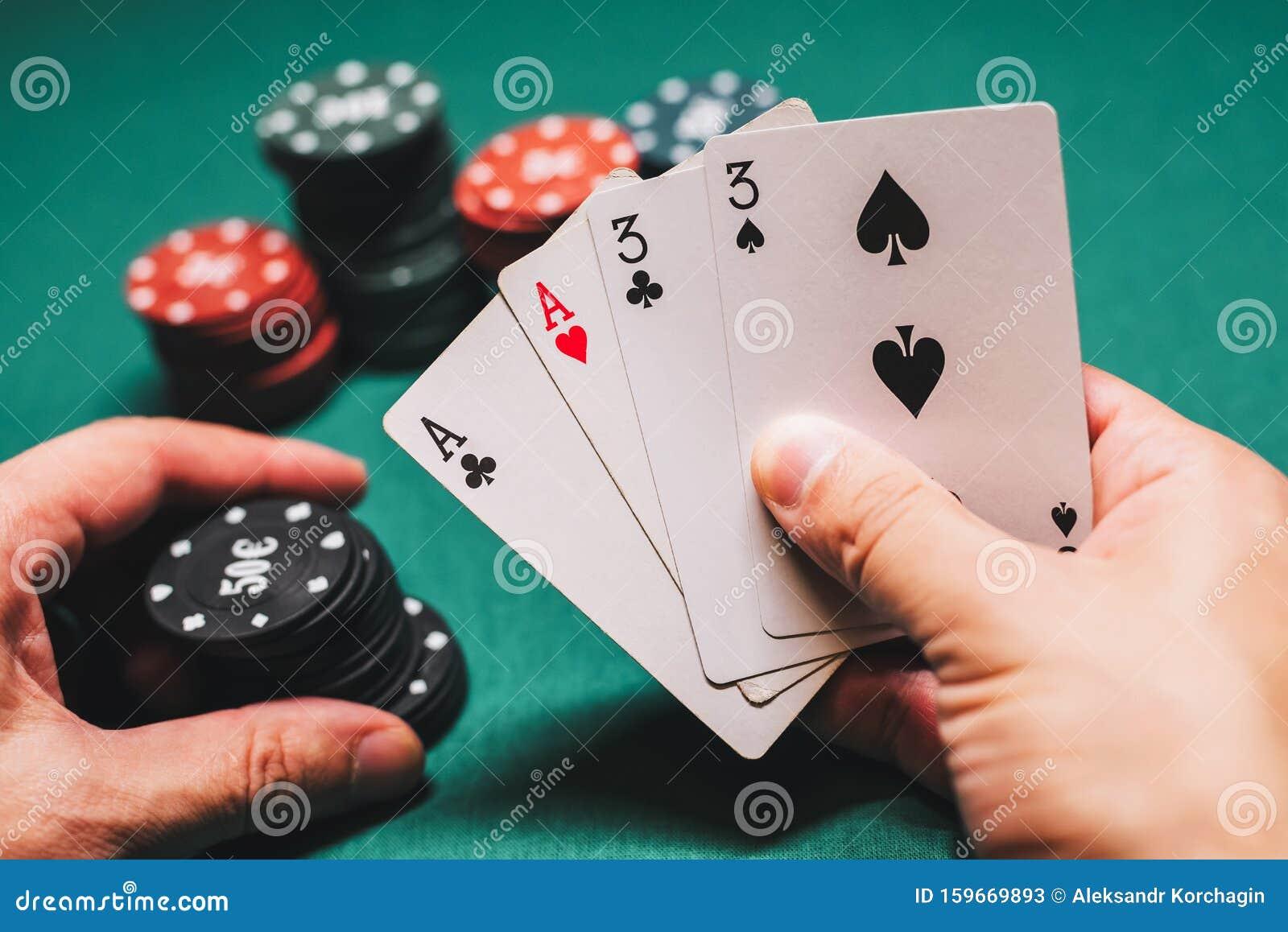 Играть в покер с двумя картами казино похожие на игруне