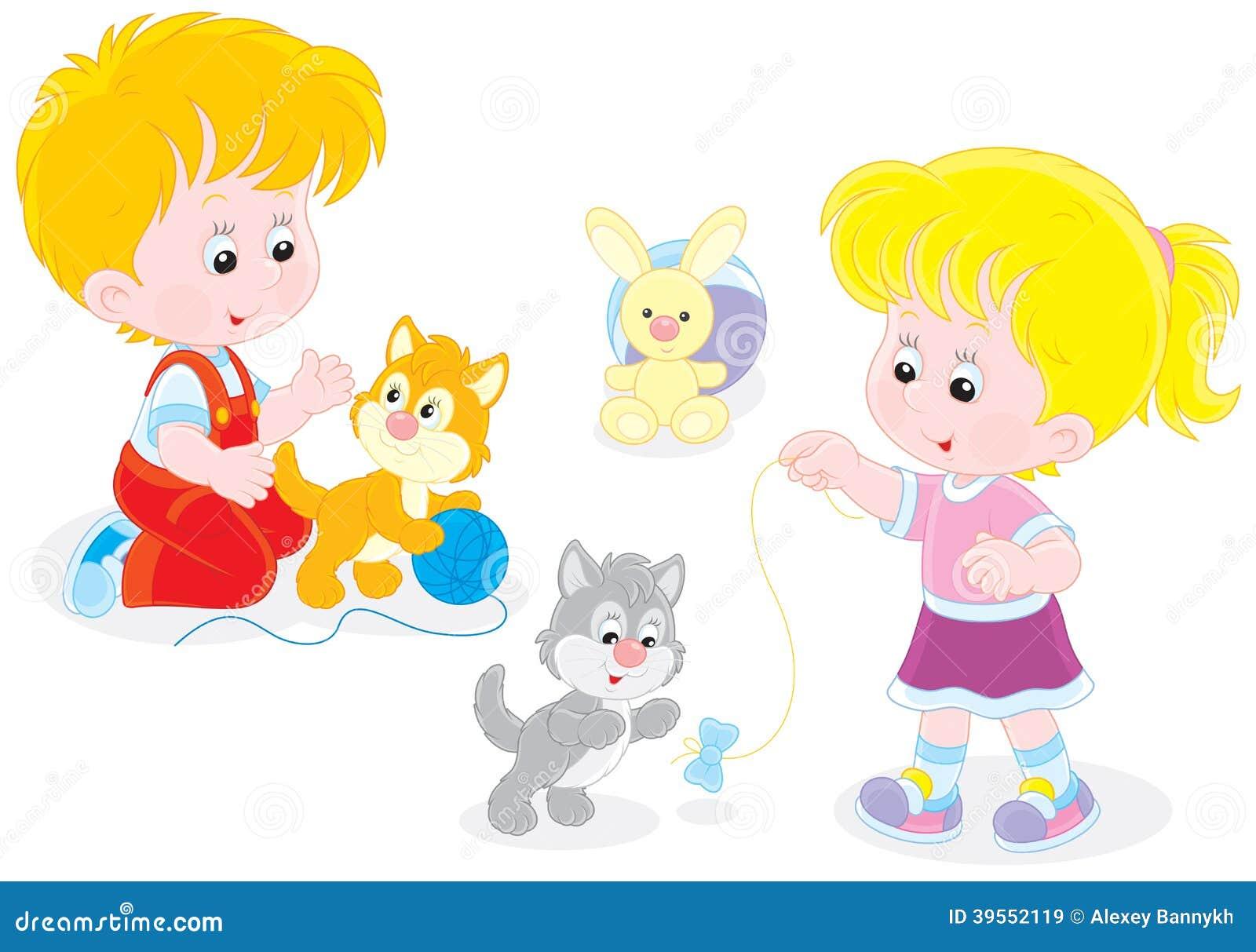 Игра детей с котятами