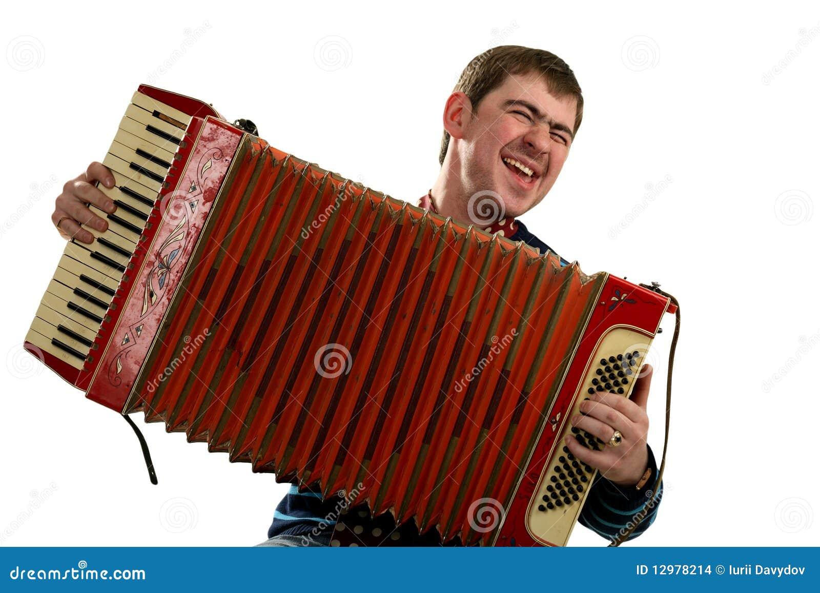игра человека аккордеони смешная пеет