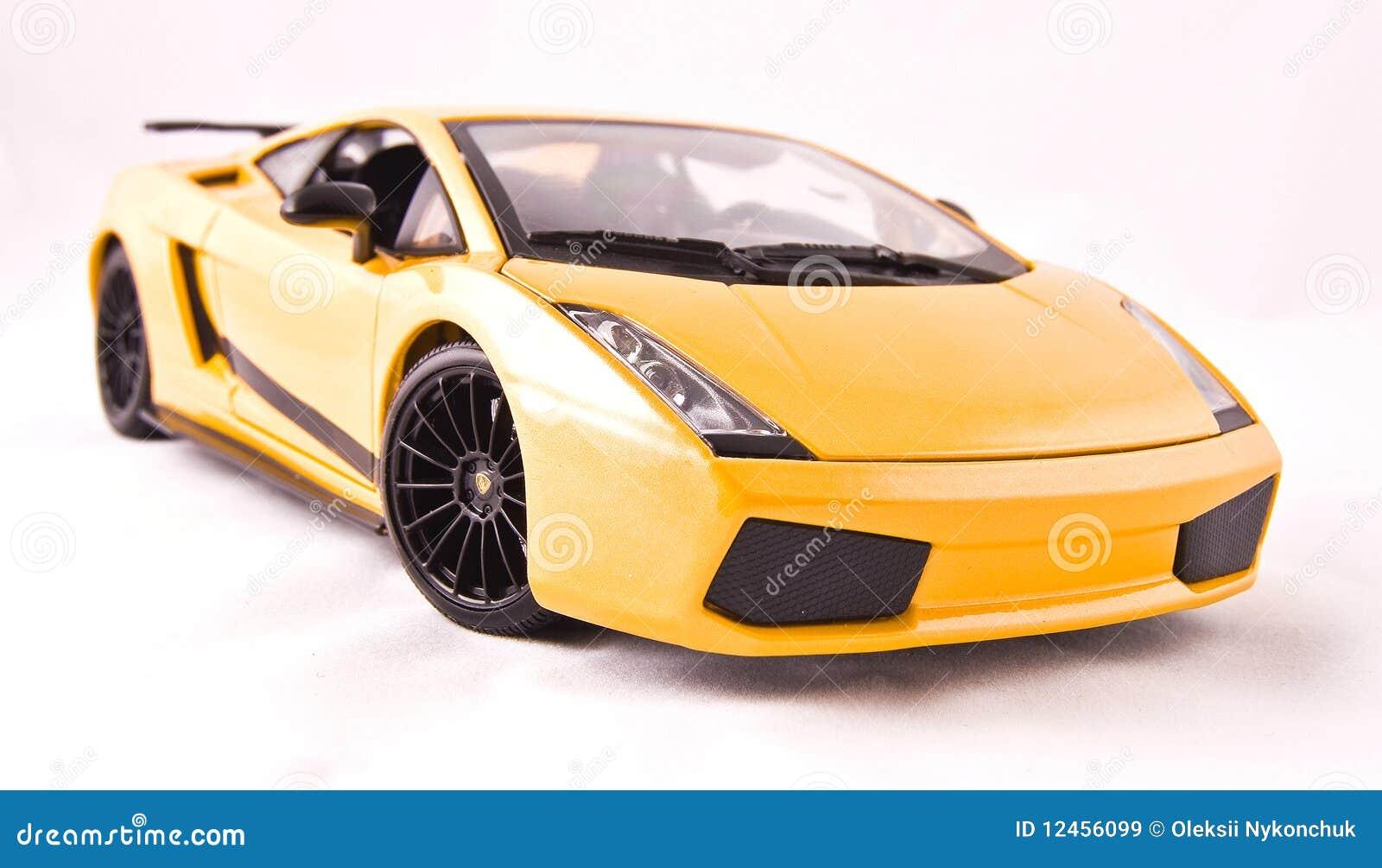 игрушка спорта автомобиля