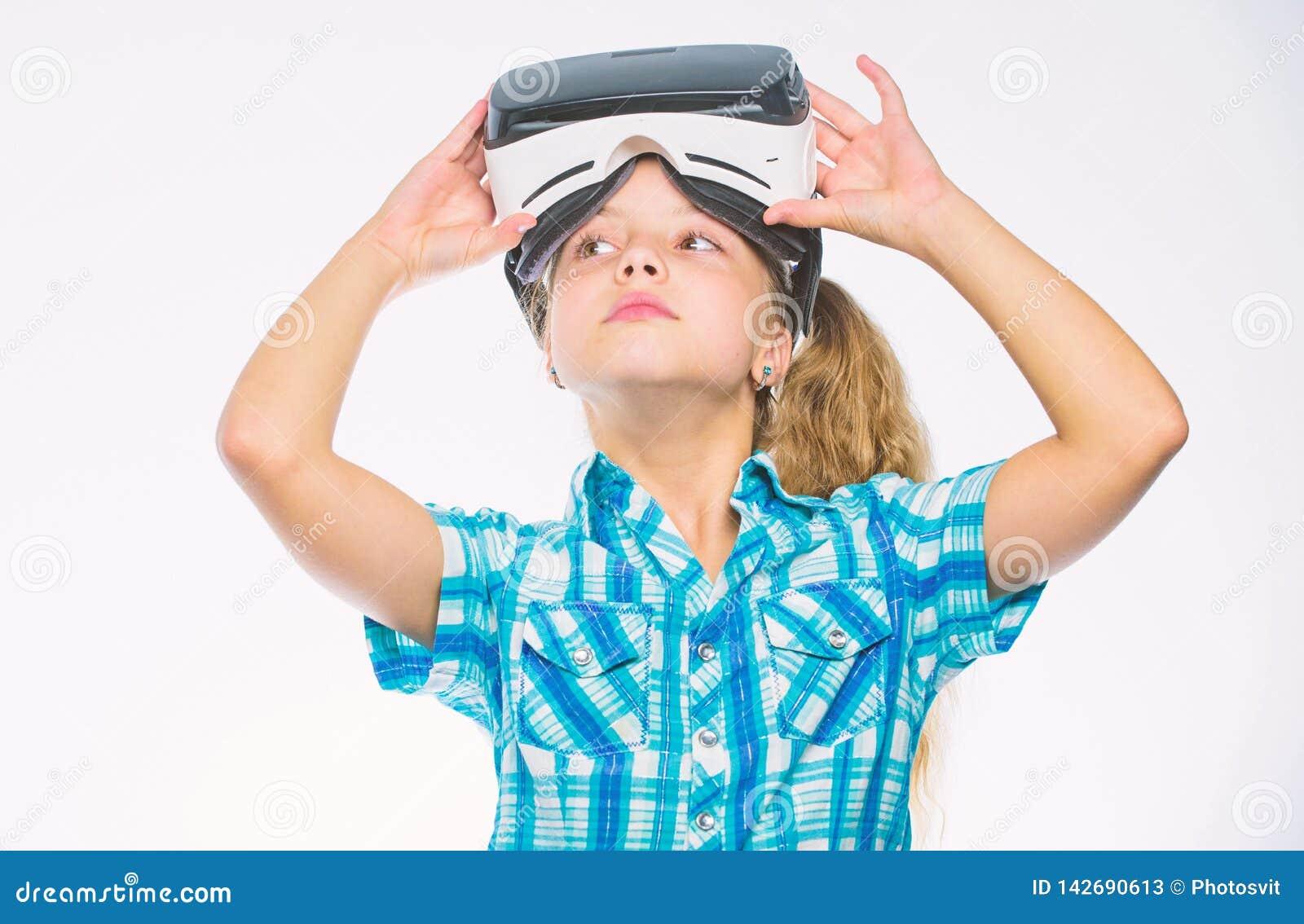 Игры детской игры виртуальные с современным прибором Исследуйте виртуальную возможность Самые новые игры виртуальной реальности д