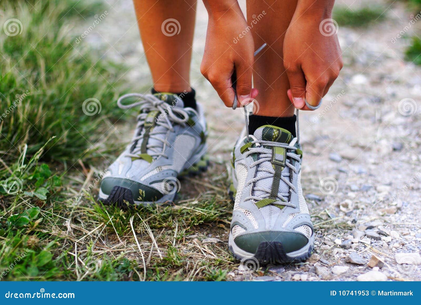 идущие ботинки