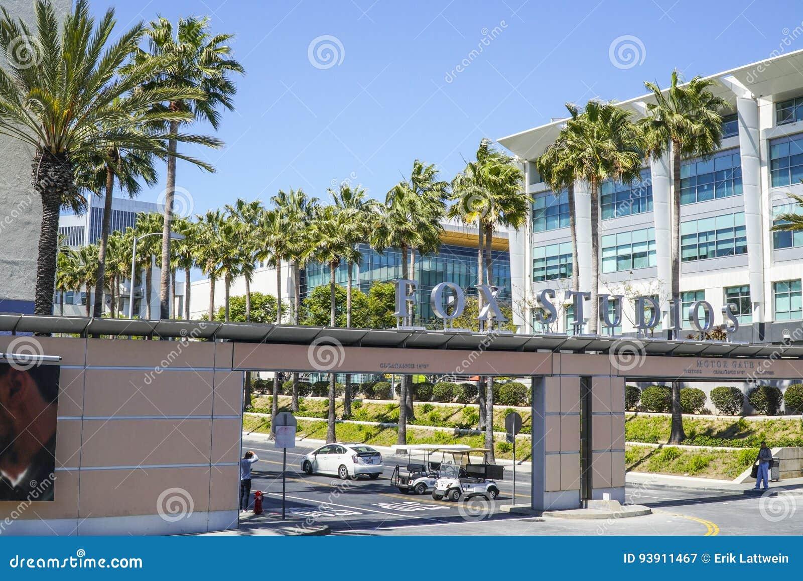 Известные студии Fox в городе Лос-Анджелесе - ЛОС-АНДЖЕЛЕСЕ - КАЛИФОРНИИ - 20-ое апреля 2017 столетия