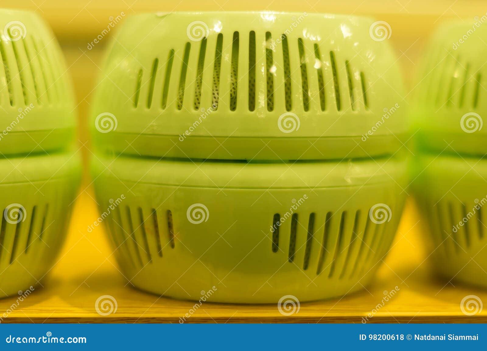 Download Изживание плохого запаха стоковое фото. изображение насчитывающей изживание - 98200618