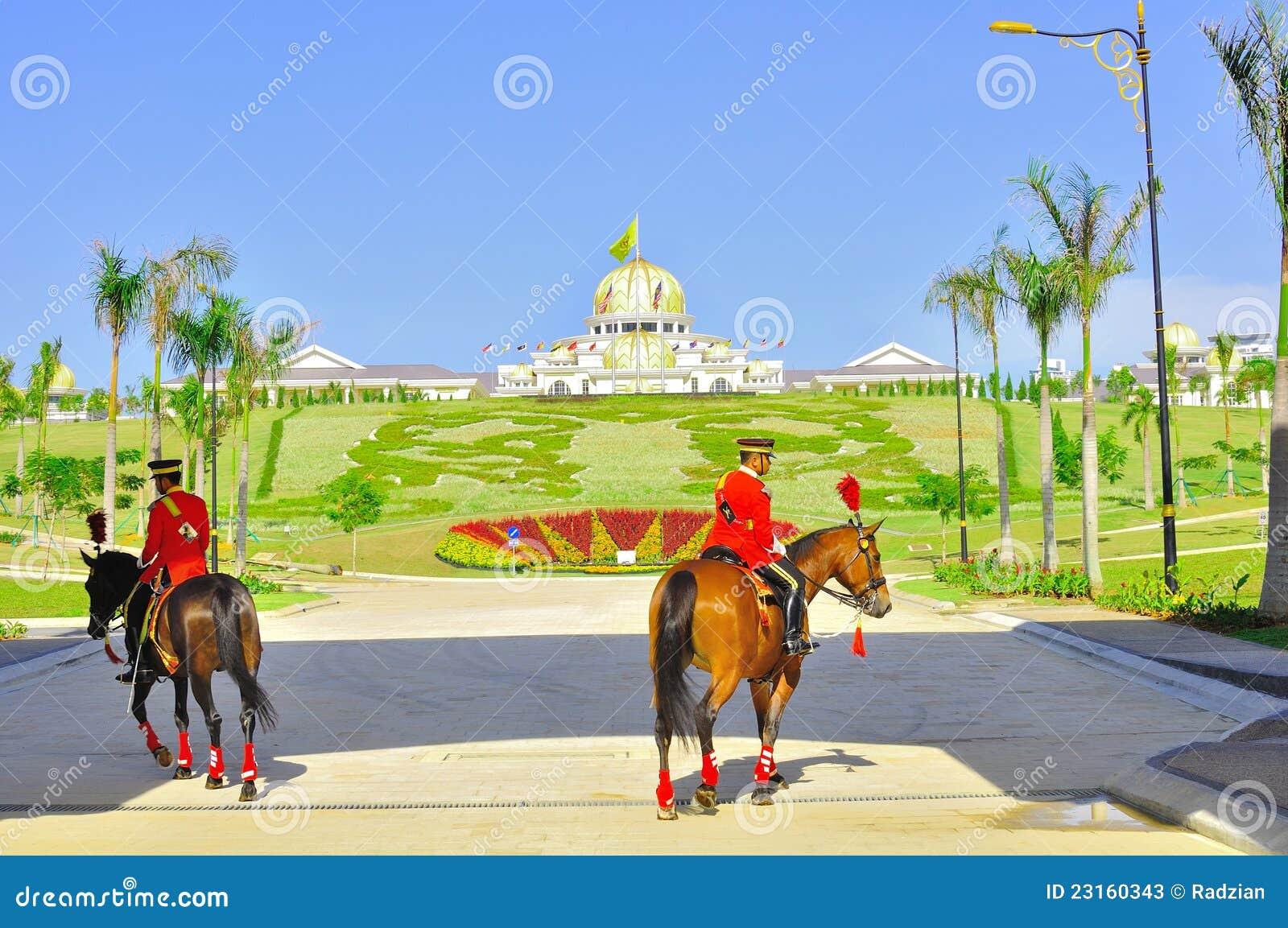 изменяя дворец предохранителя национальный королевский