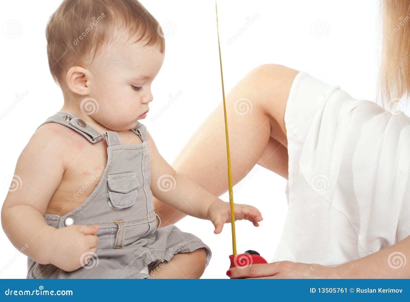 измерять младенца
