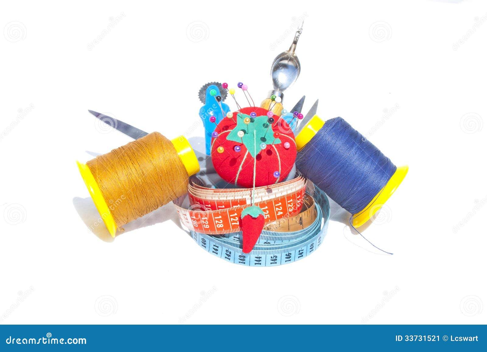 3 измеряя ленты с шить аксессуарами