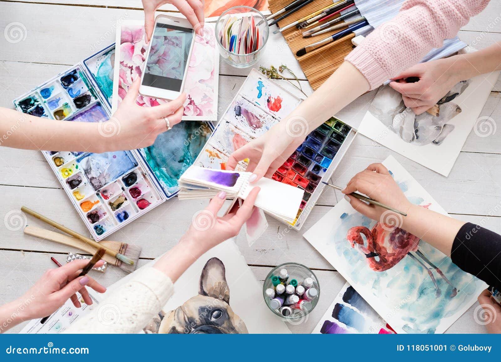 Творческая личность и девушки