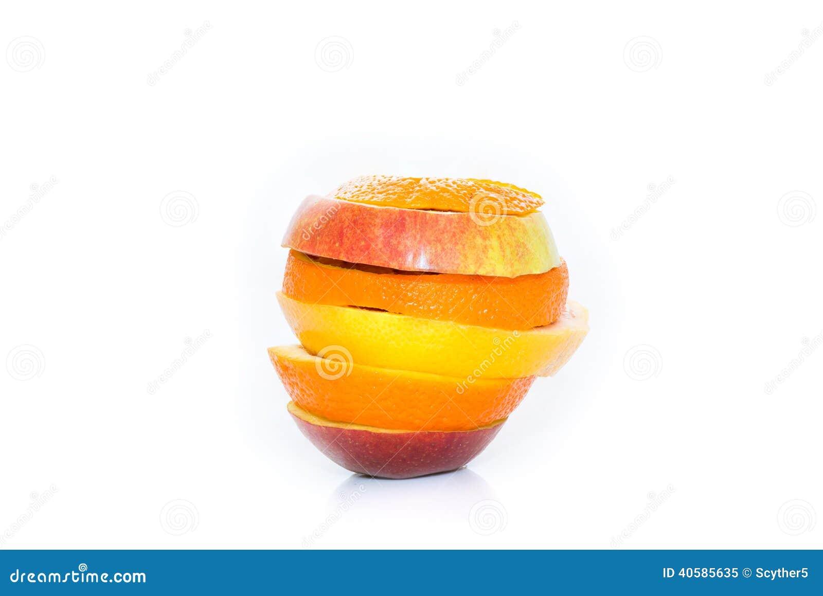 Изолированные цитрусовые фрукты яблок, апельсина и