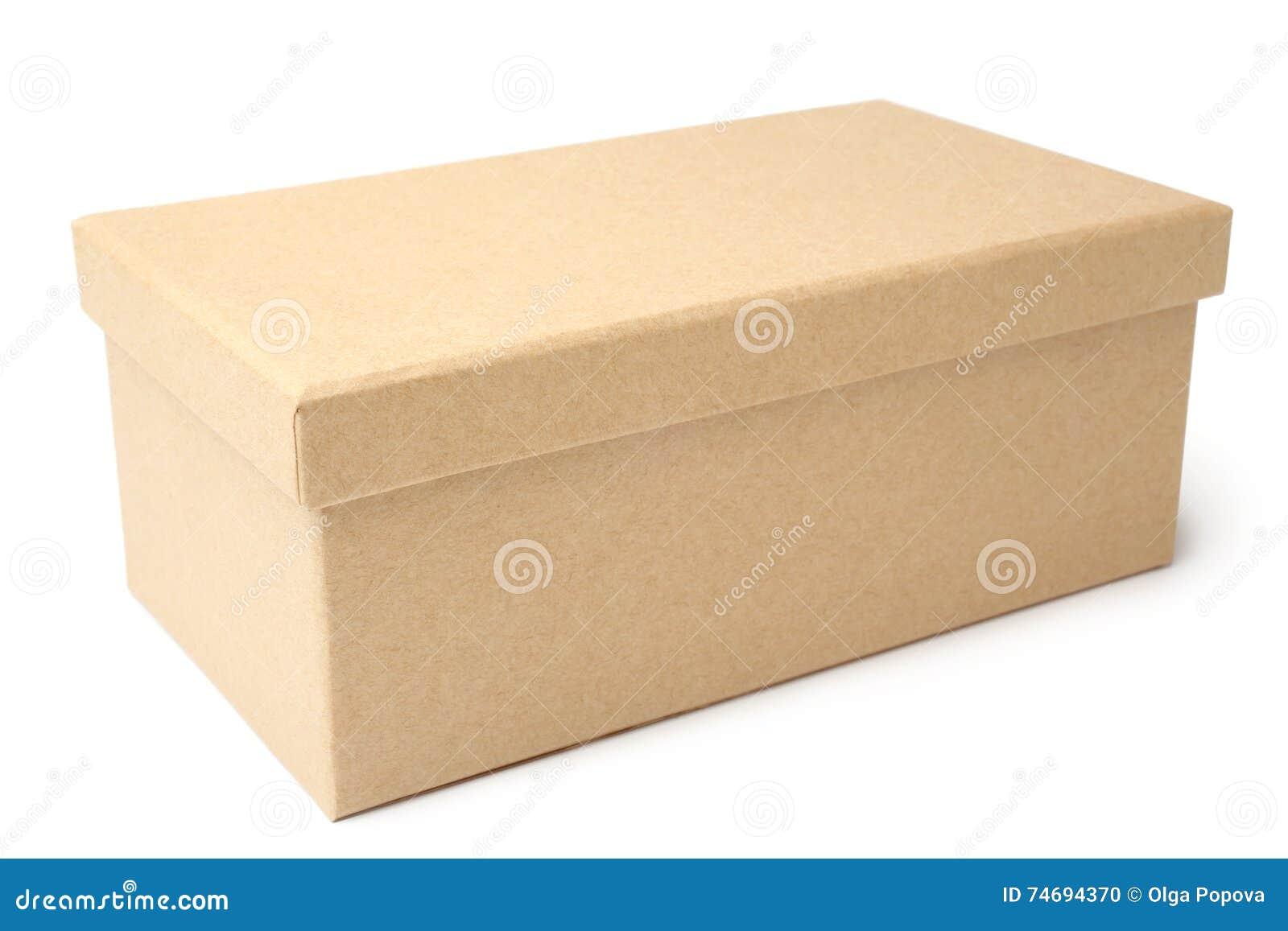 изолированный картон коробки затеняет белизну