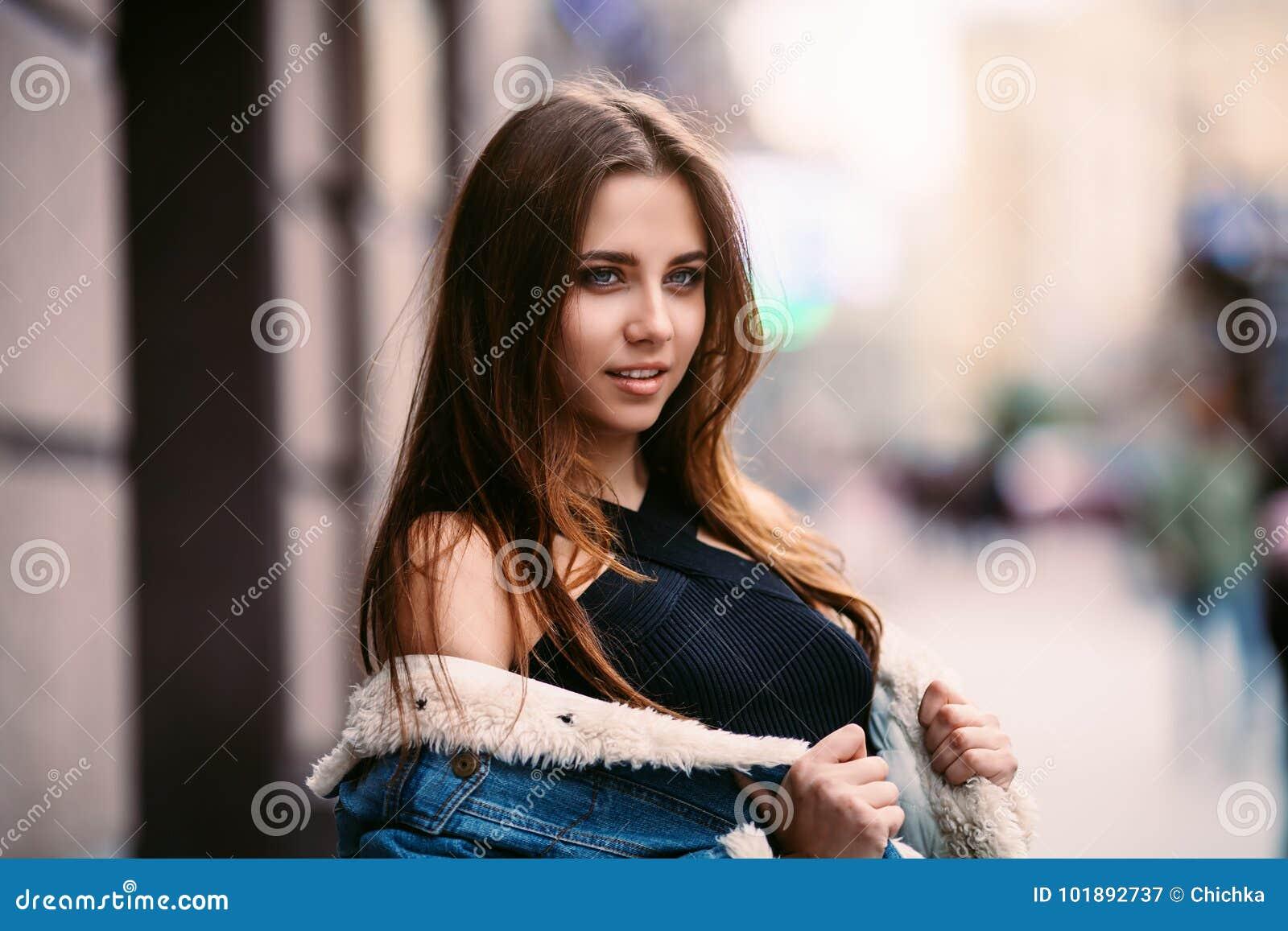 Изумительной красоты девушки фото длительный