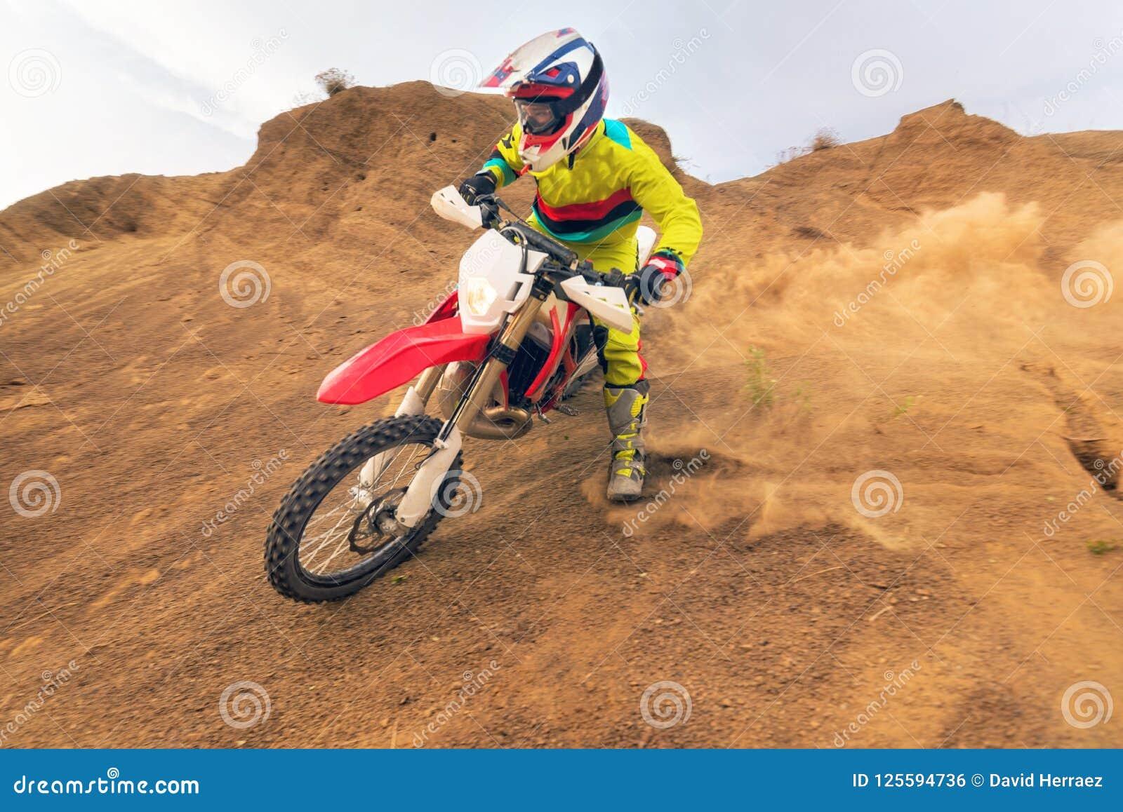 Изумительный всадник Motocross