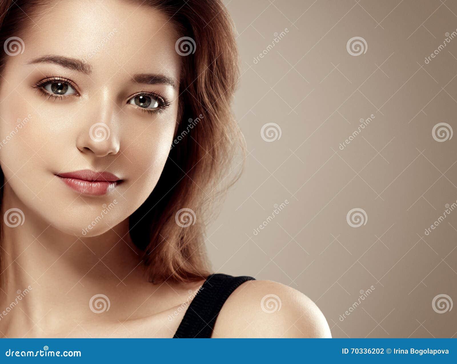 Фото изумительно красивых девушек