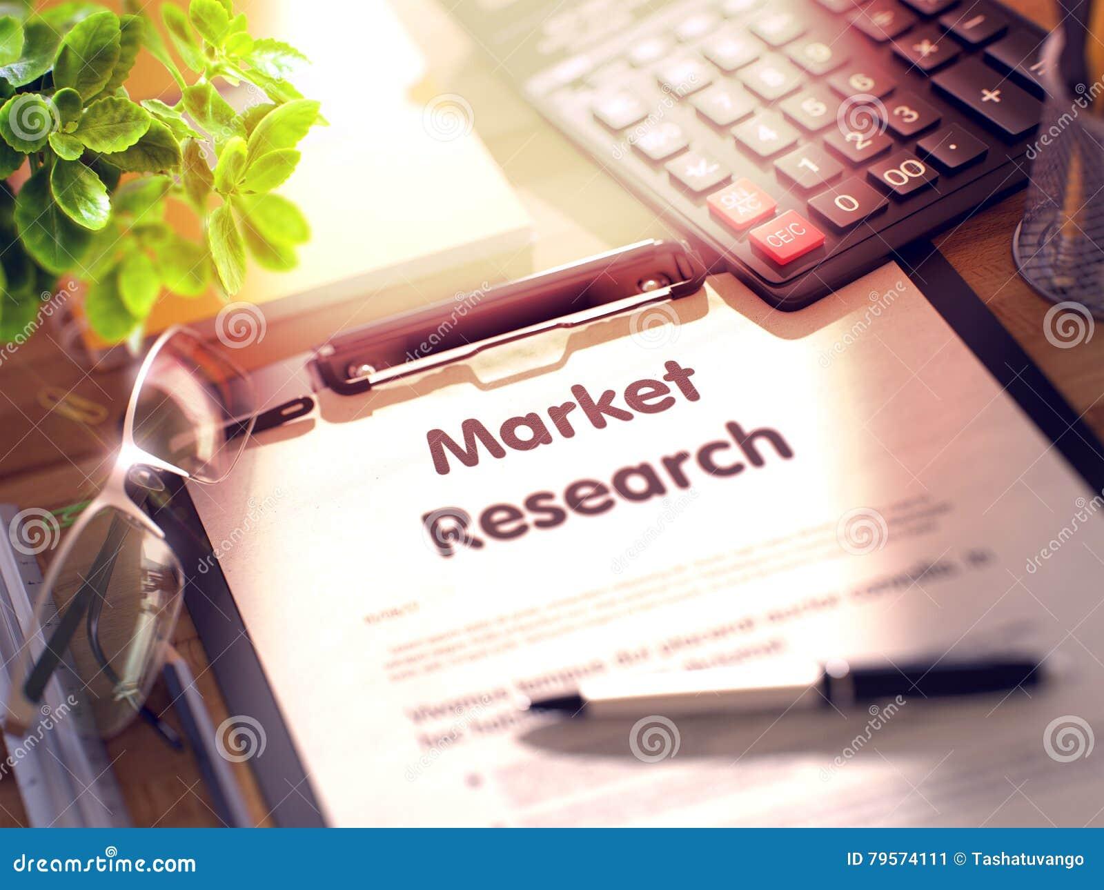 Изучение рыночной конъюнктуры - текст на доске сзажимом для бумаги 3d