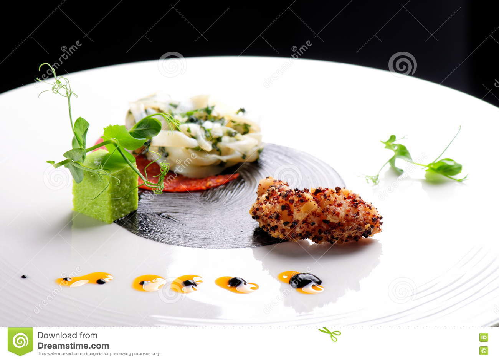 Download Изысканная кухня, изысканная закуска, кальмар, тэмпура креветки Стоковое Фото - изображение насчитывающей сыр, обед: 72291144