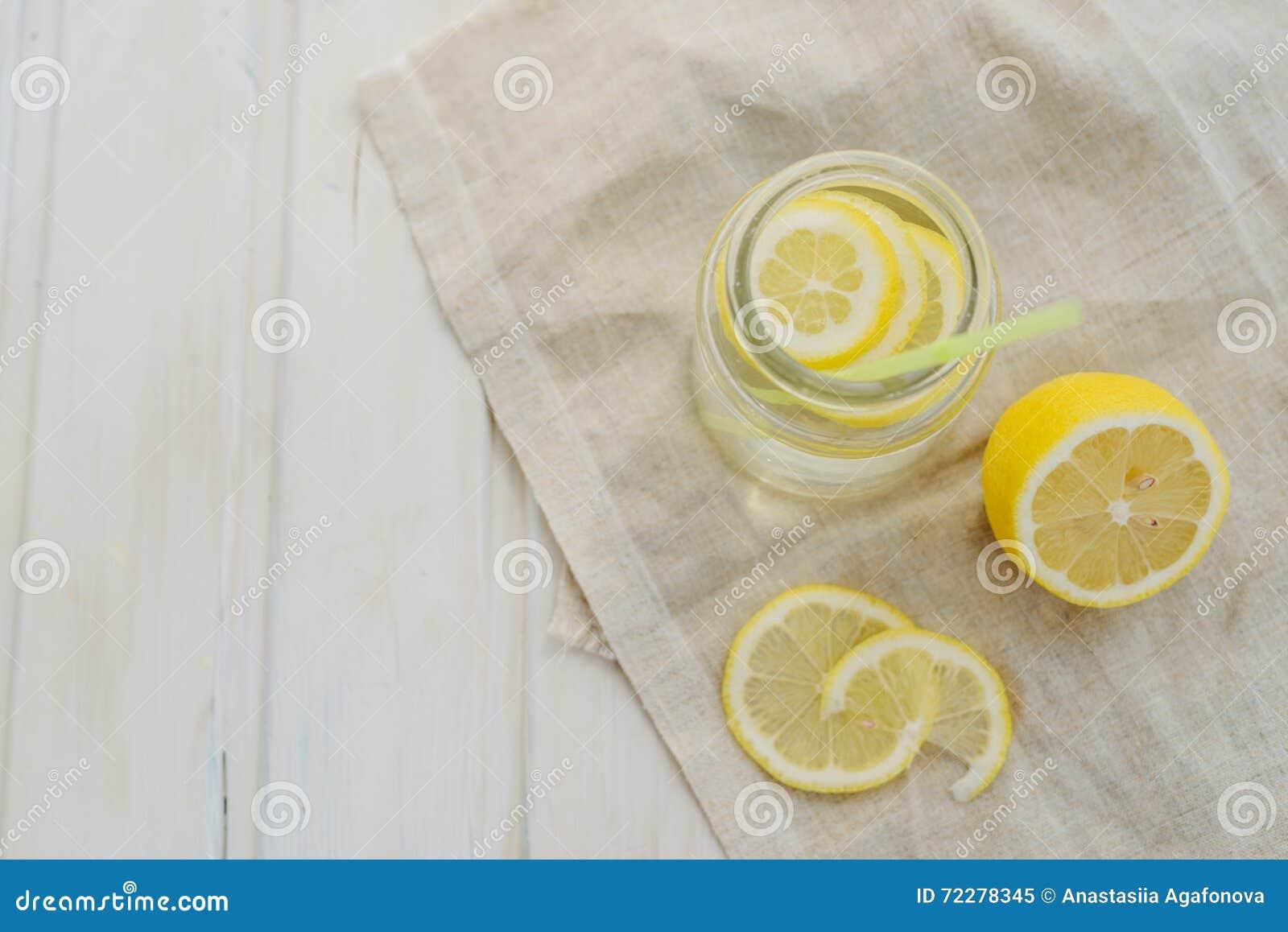 Download лимонад стоковое изображение. изображение насчитывающей органическо - 72278345