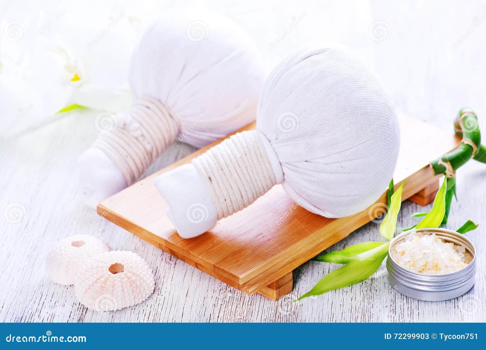 Download Ингридиенты для массажа стоковое изображение. изображение насчитывающей роскошно - 72299903