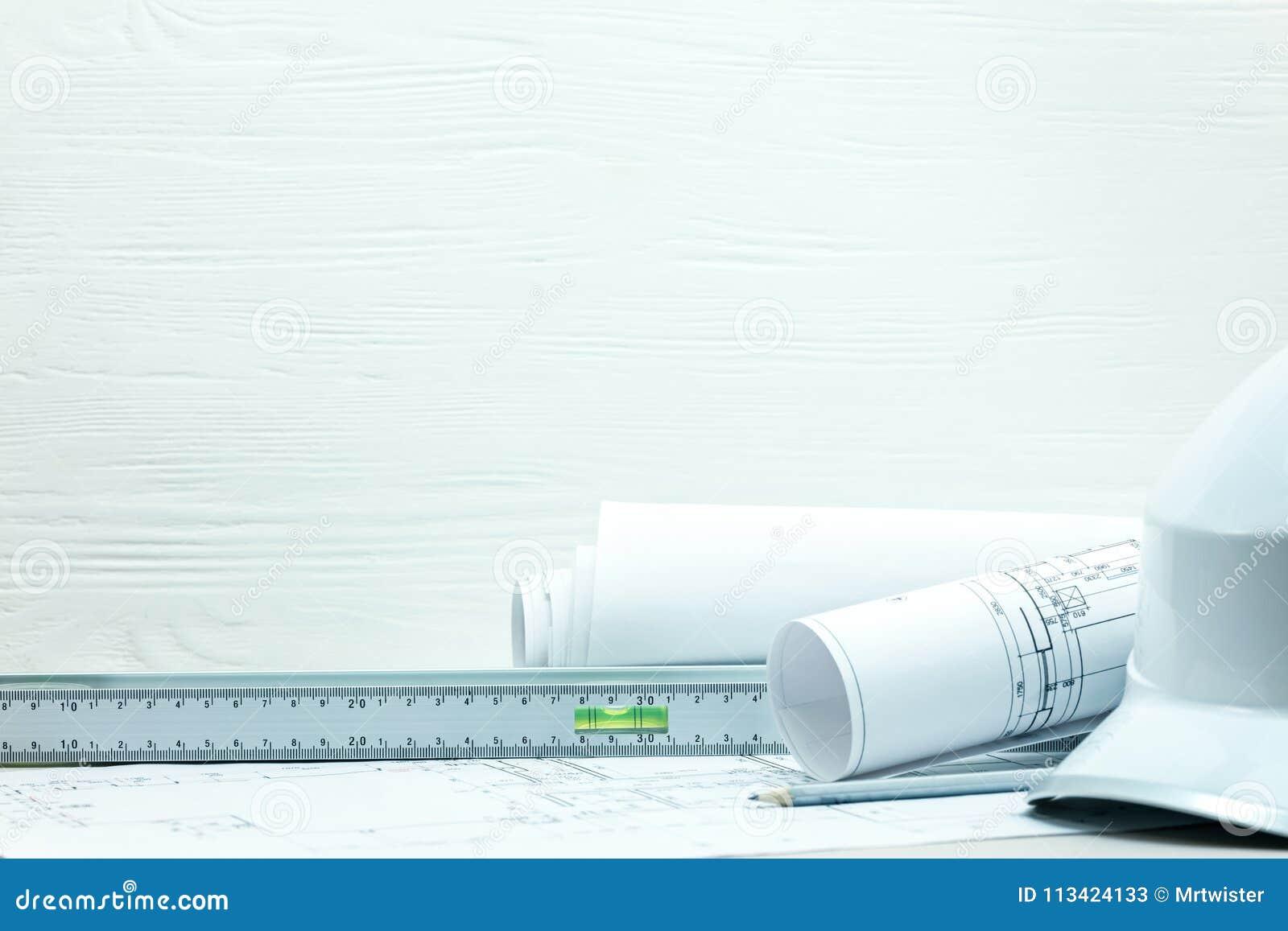 Инструменты инженерства, чертежи проекта и светокопии, защитный h