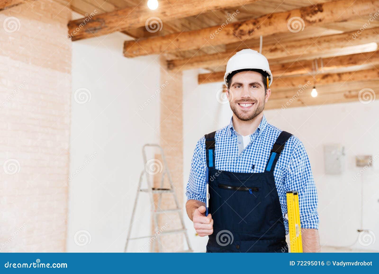 Download Инструменты положения и удерживания построителя в месте службы Стоковое Фото - изображение насчитывающей камера, смотреть: 72295016