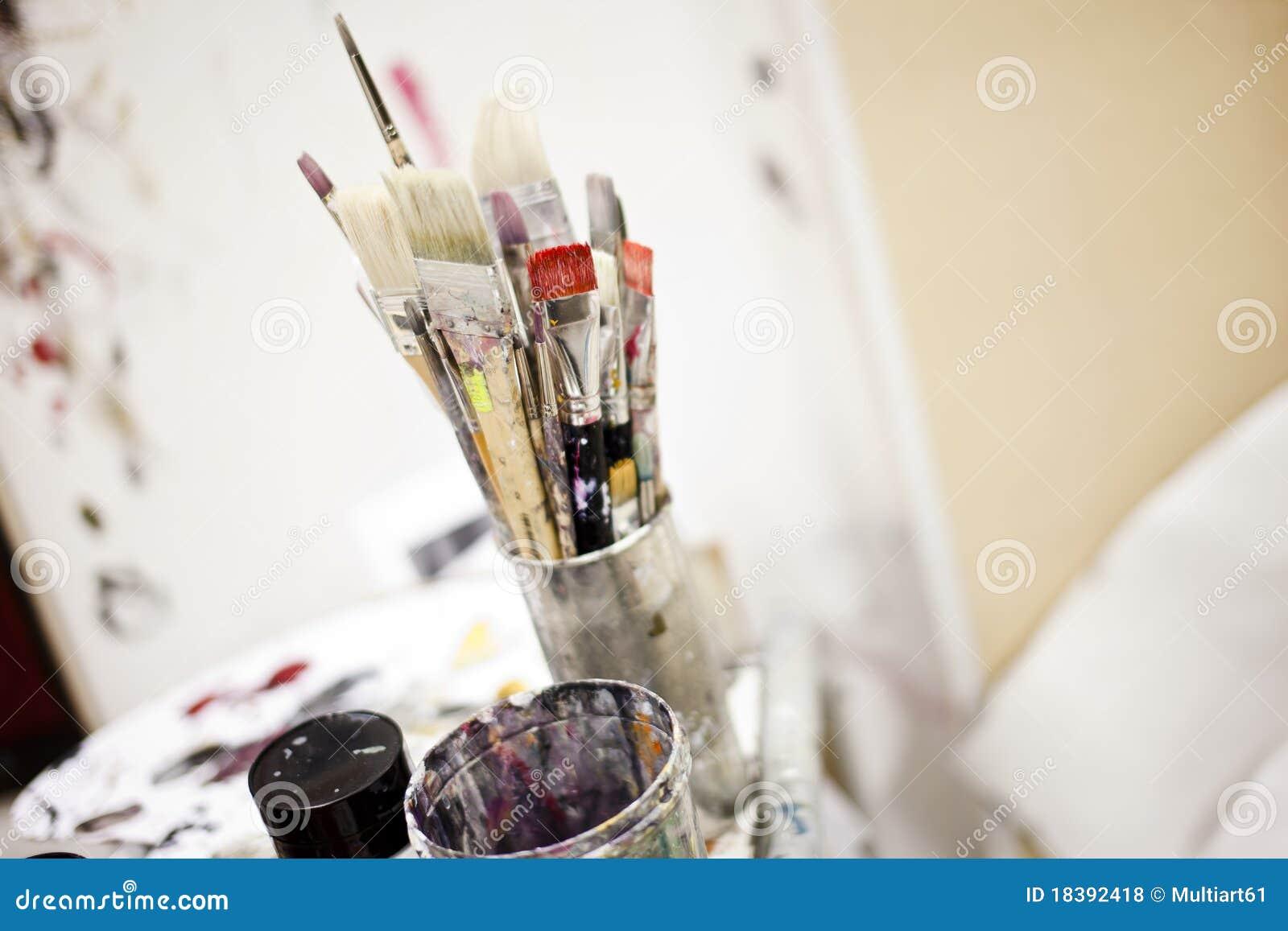 инструменты художника