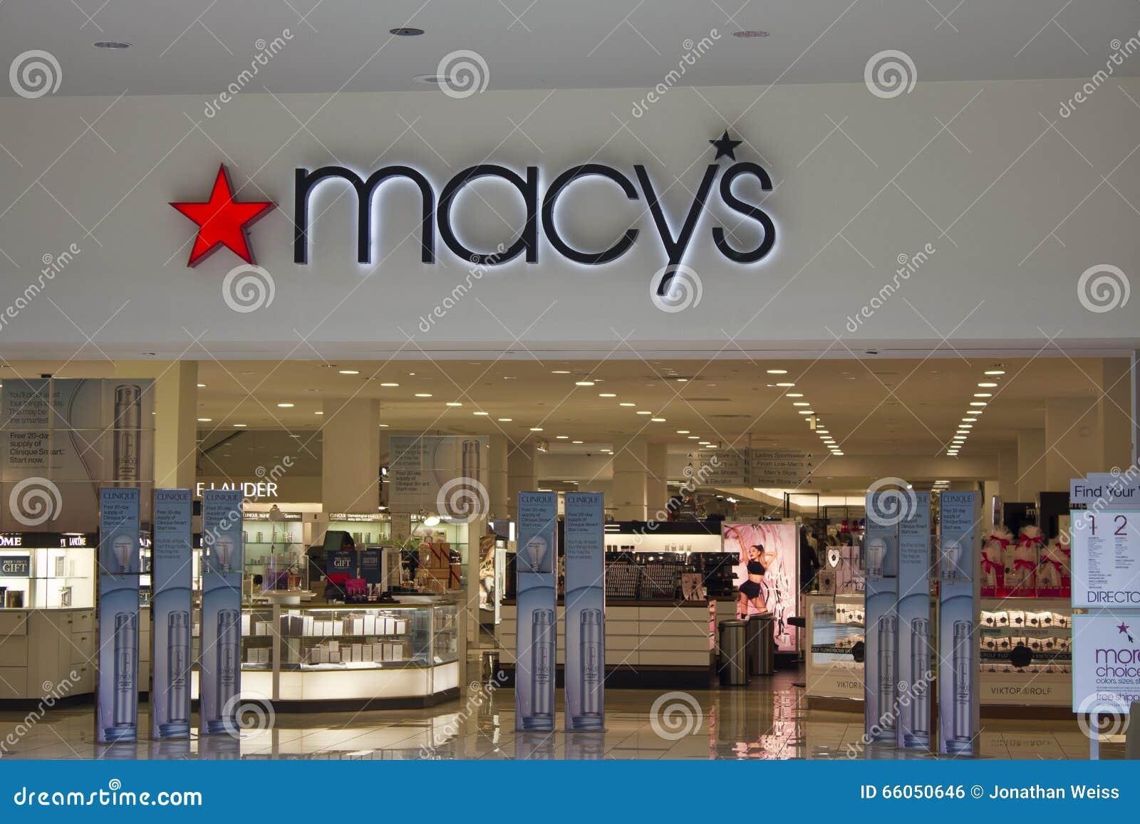 Индианаполис - около февраль 2016: Универмаг Macy s