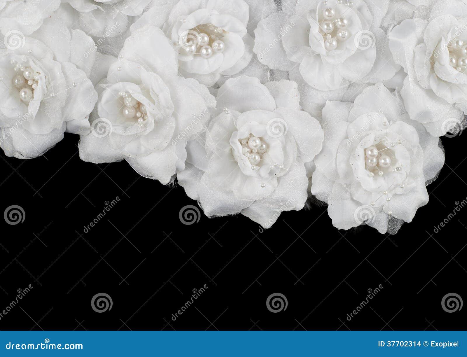 Искусственная предпосылка белых роз