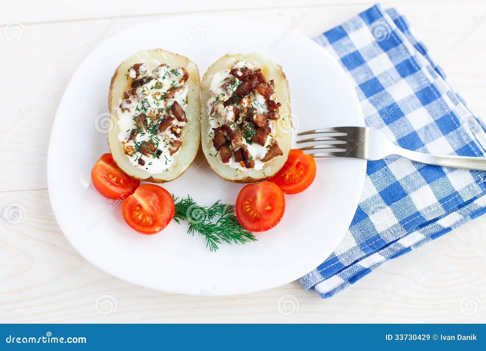 Испеченная картошка