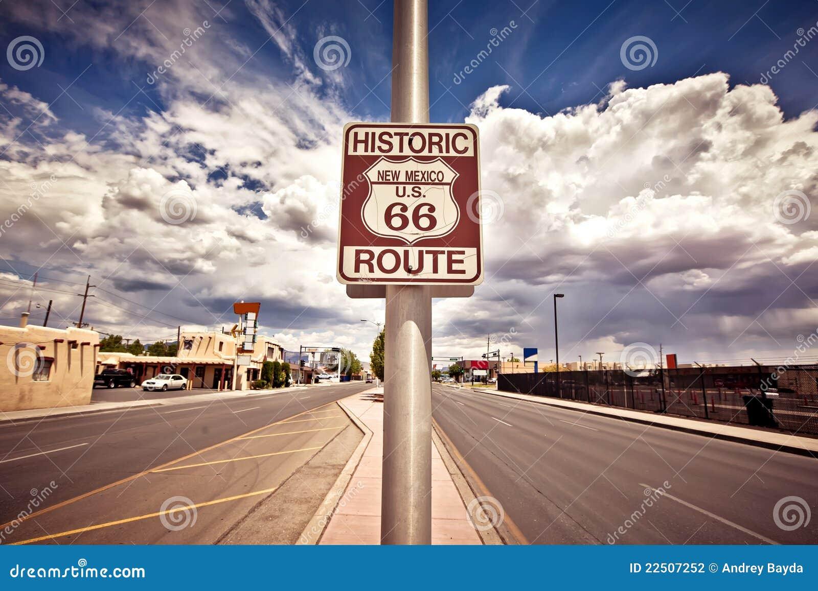 исторический знак трассы 66