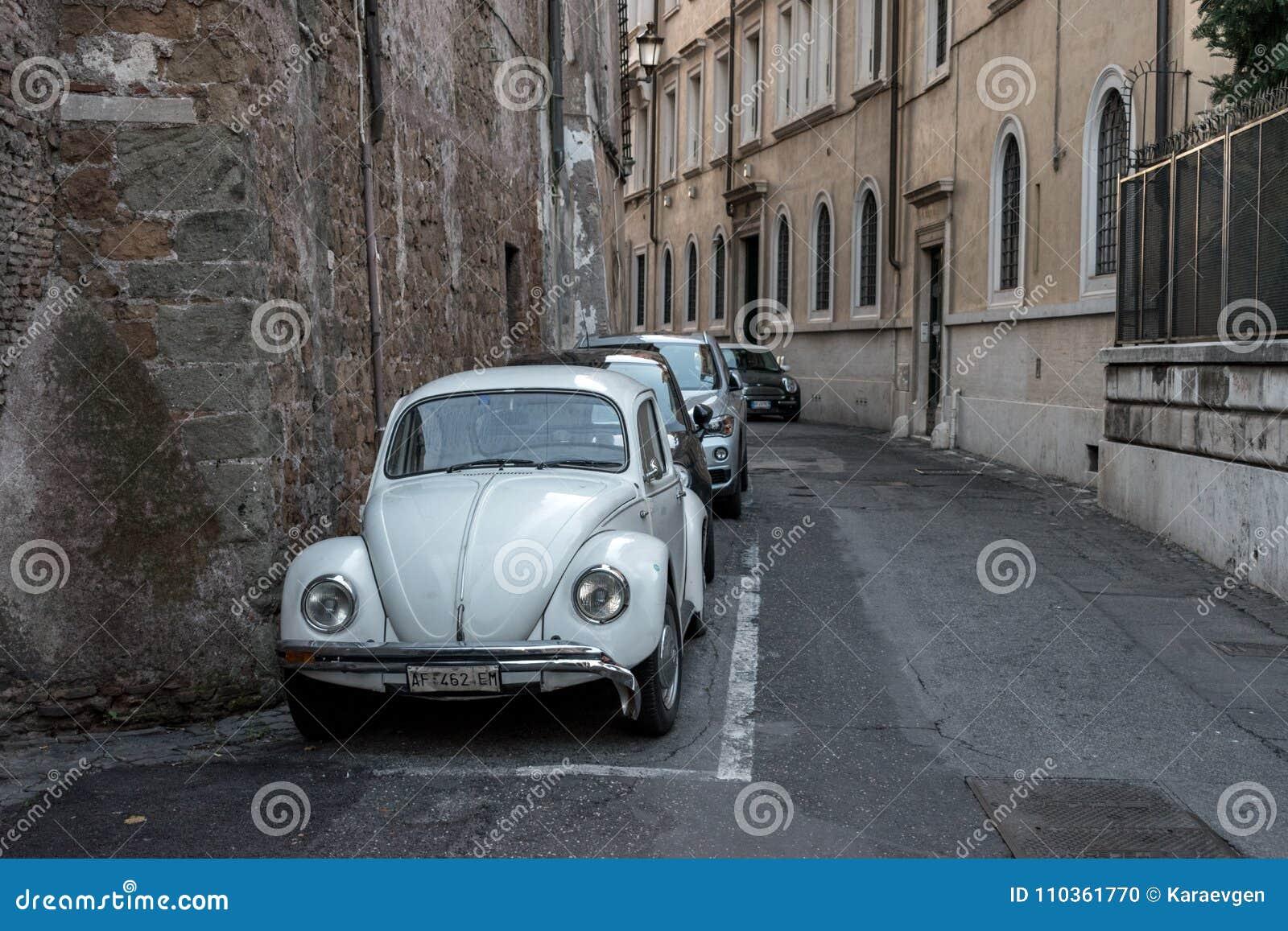 Италия rome 5-ое декабря 2017: Старая улица в Риме, Италии