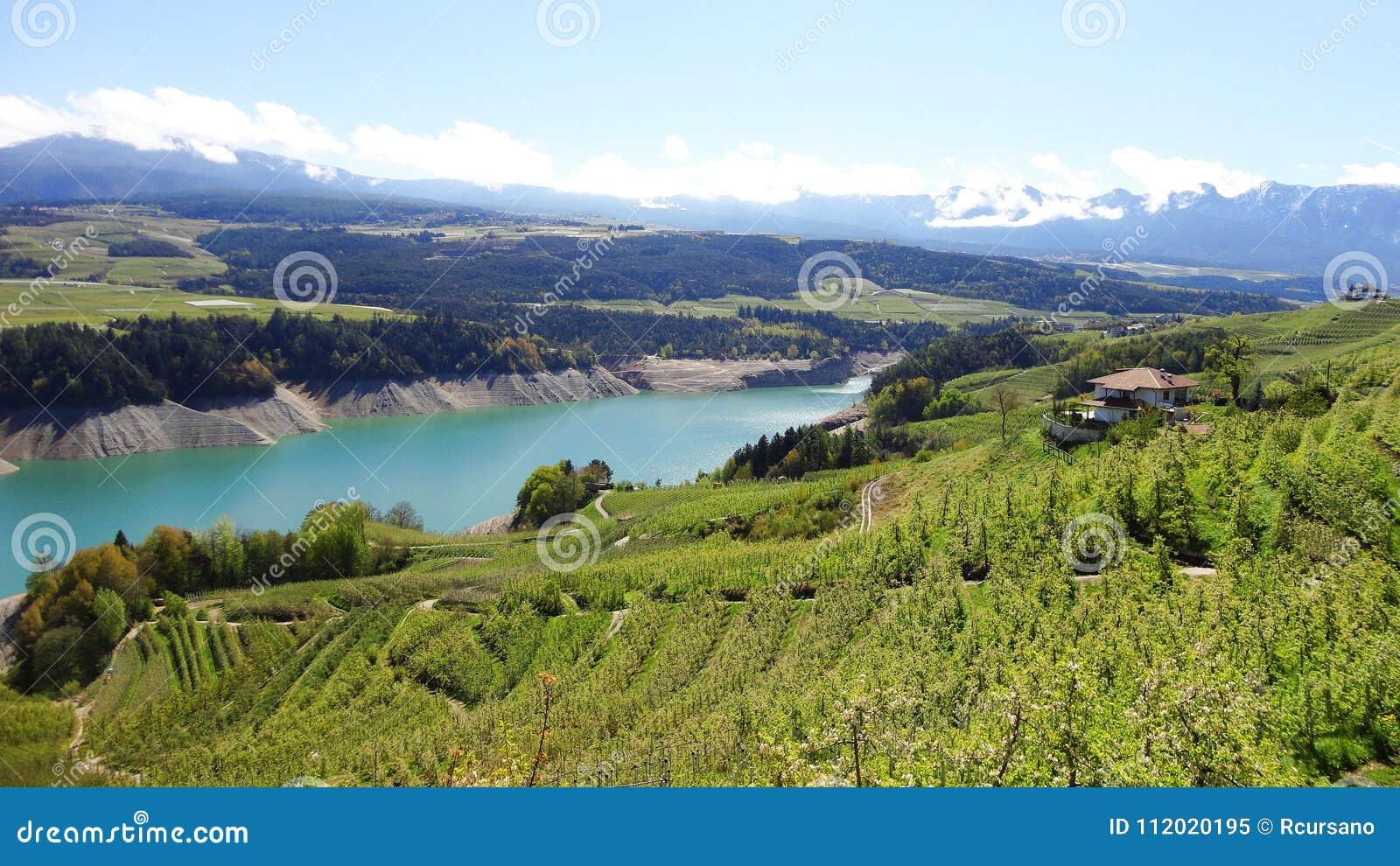 Италия, Trentino: Озеро Санта Giustina