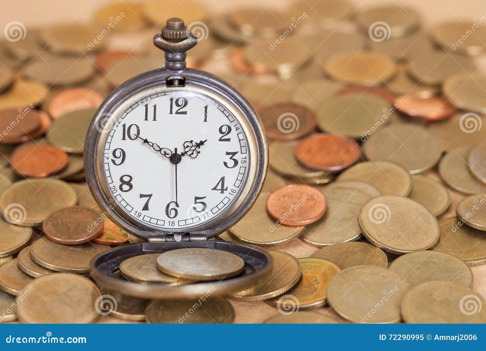 Download Идея, часы и монетки концепции дела Стоковое Изображение - изображение насчитывающей деньги, облечение: 72290995