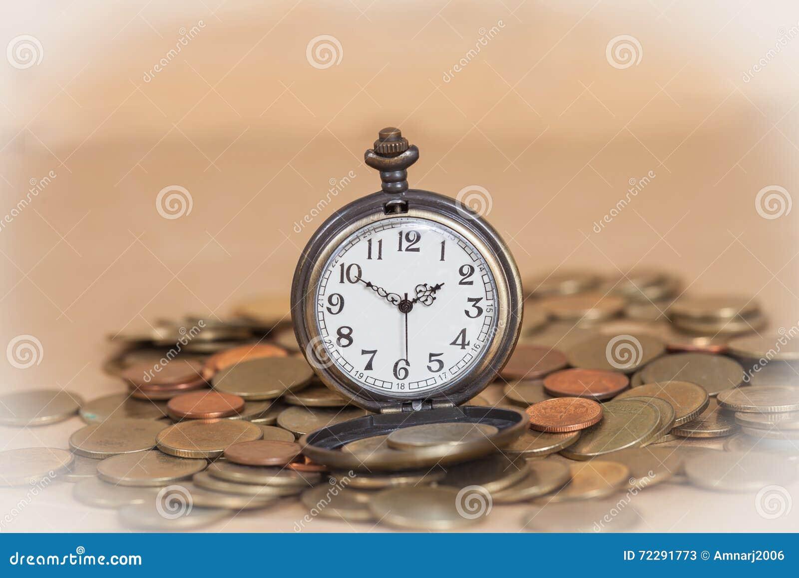 Download Идея, часы и монетки концепции дела Стоковое Изображение - изображение насчитывающей banister, облечение: 72291773