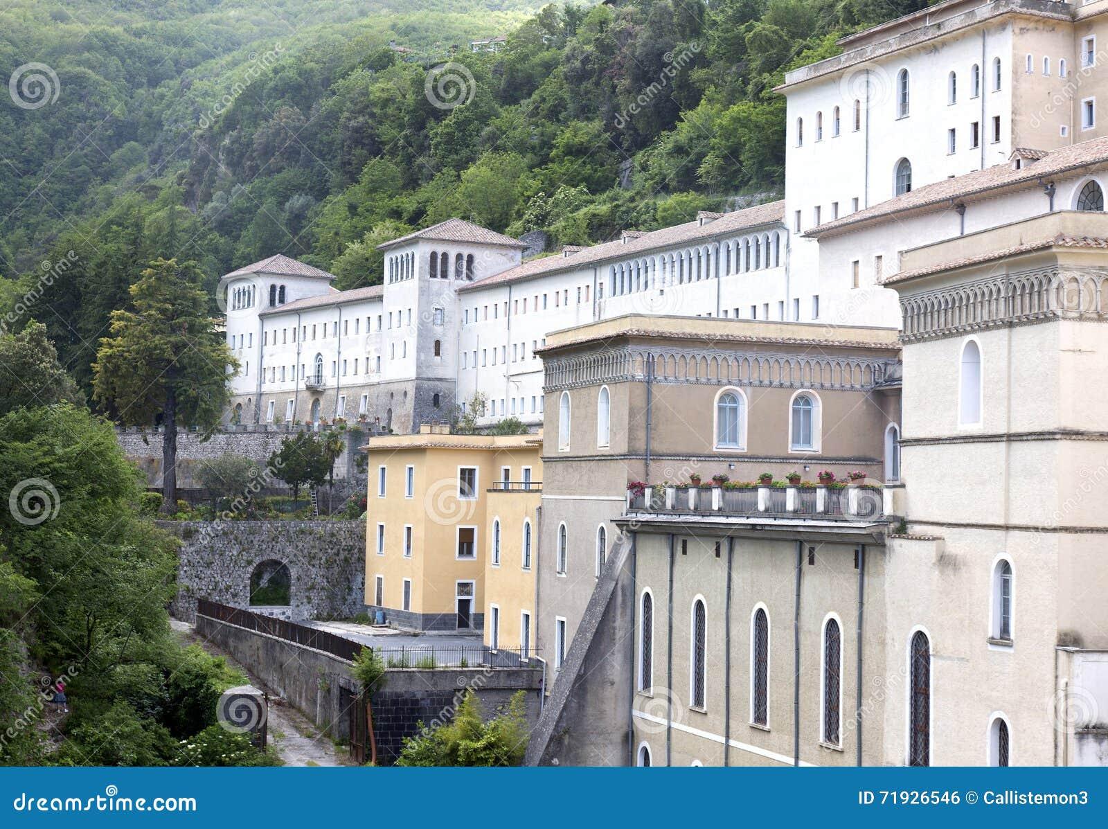 Кава аббатство Tirreni de
