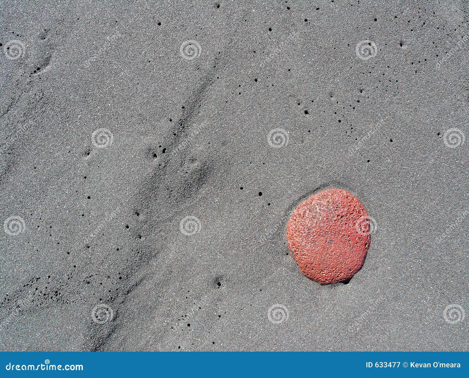 Download каек пляжа стоковое изображение. изображение насчитывающей просто - 633477