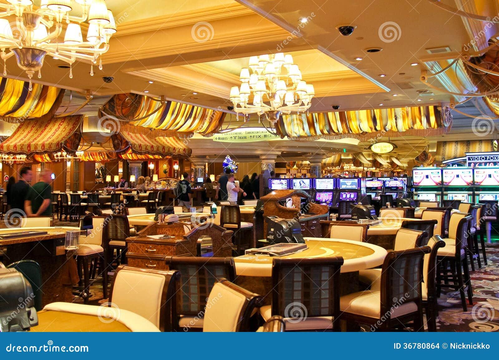Казино в гостинице Bellagio в Лас-Вегас