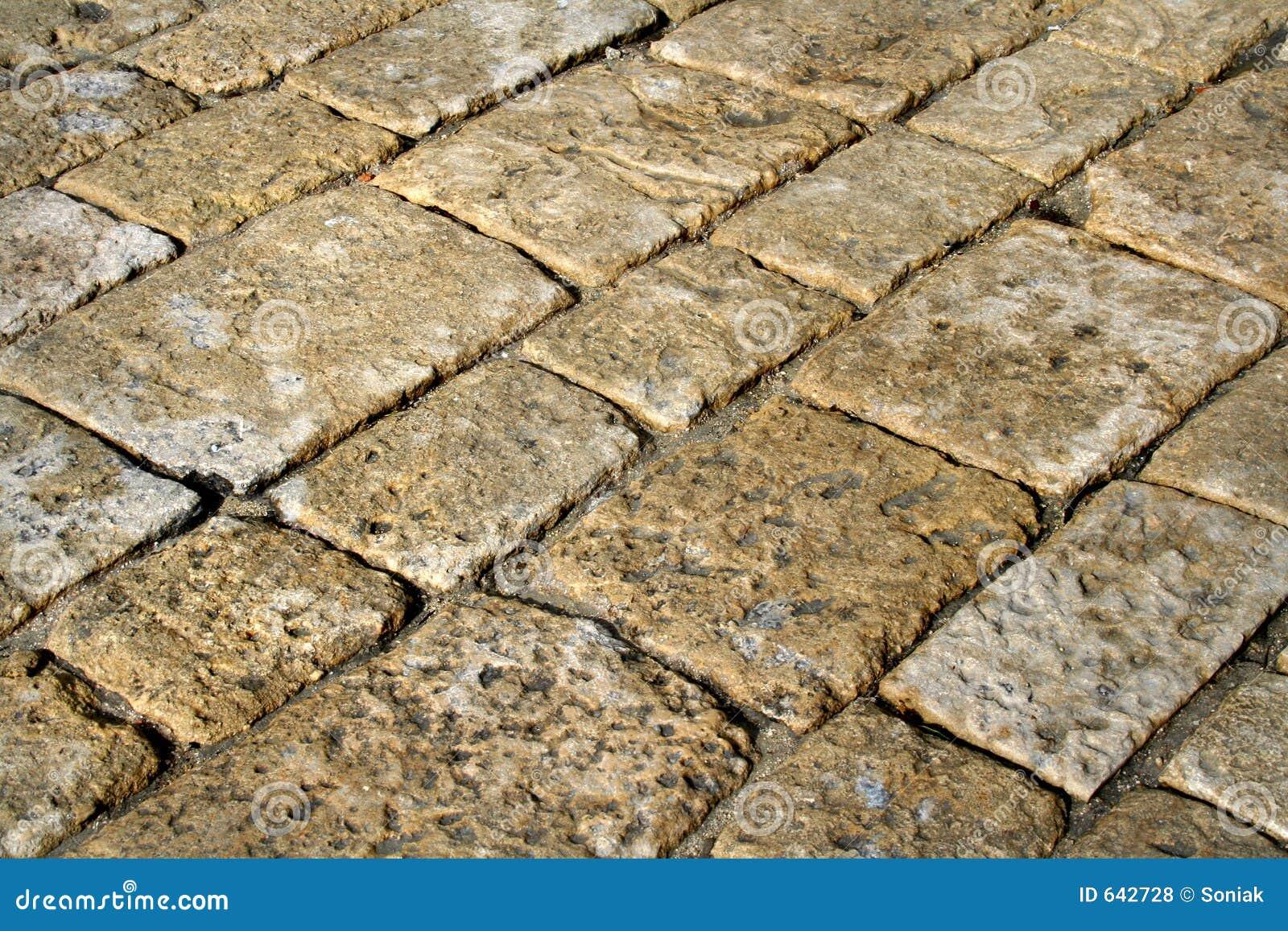 Download камень выстилки стоковое фото. изображение насчитывающей урбанско - 642728
