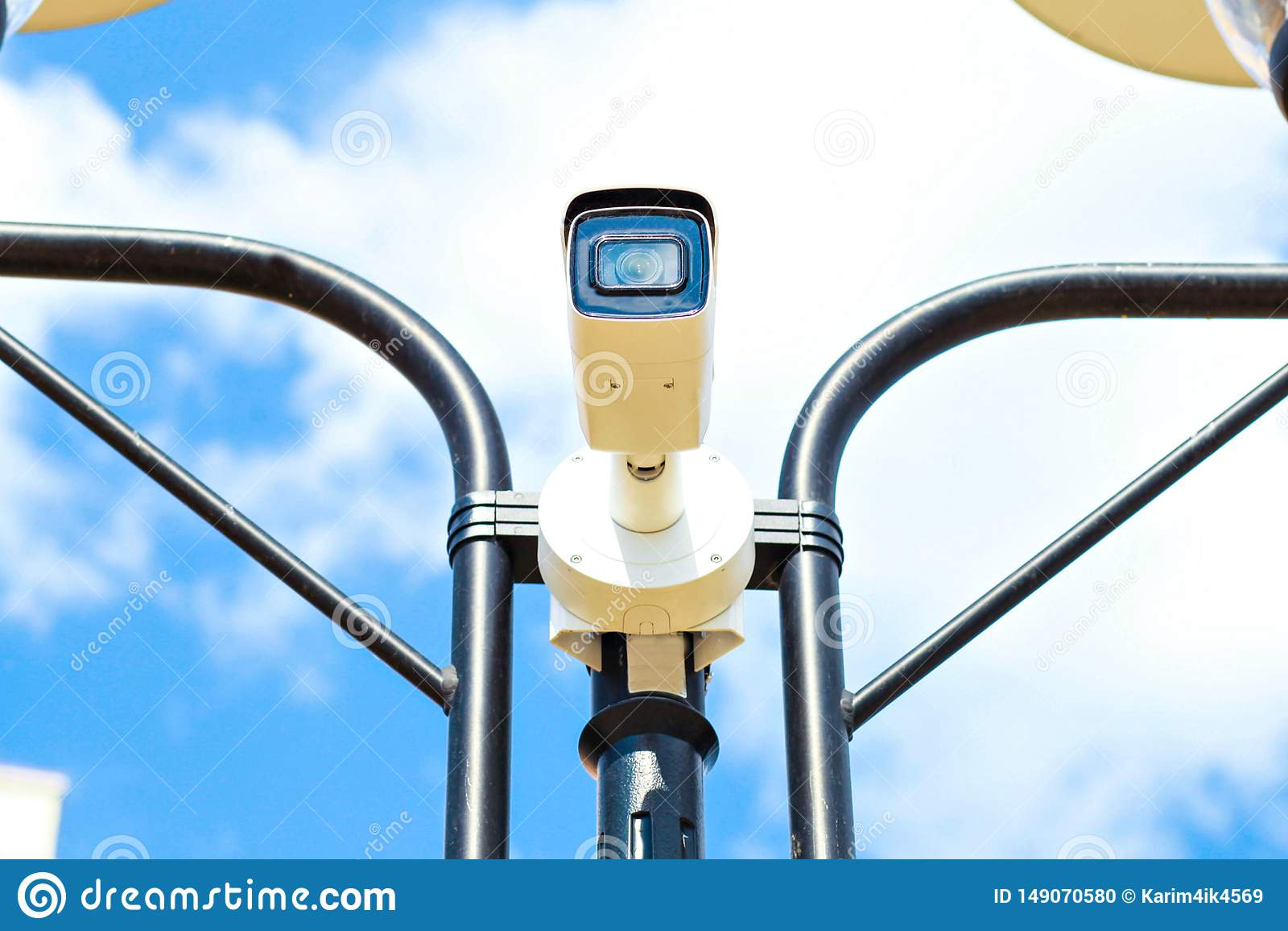 Камера скорости на avtobane Современная камера измерения скорости