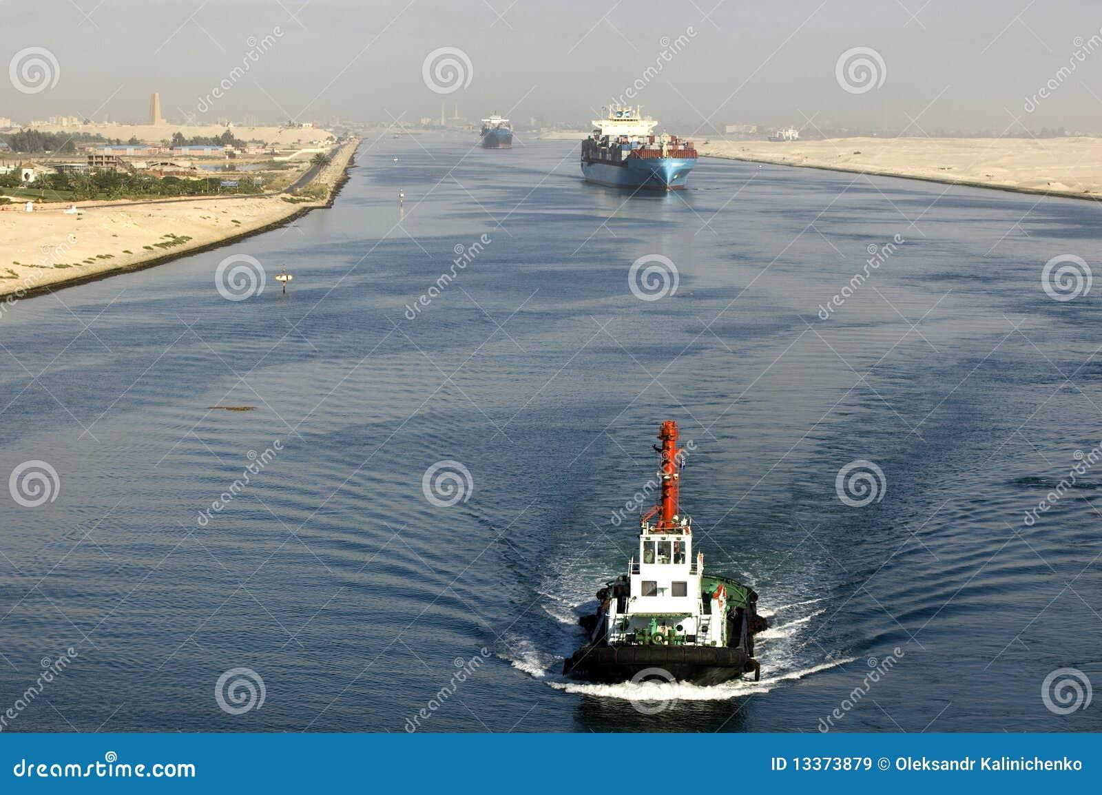 канал проходя корабль suez