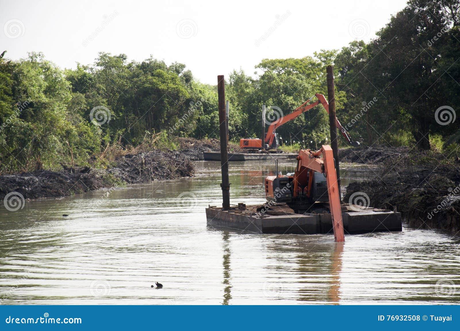 Канал машины экскаватора BackHoe драгируя на рыбной ловле Пак Pra запрета