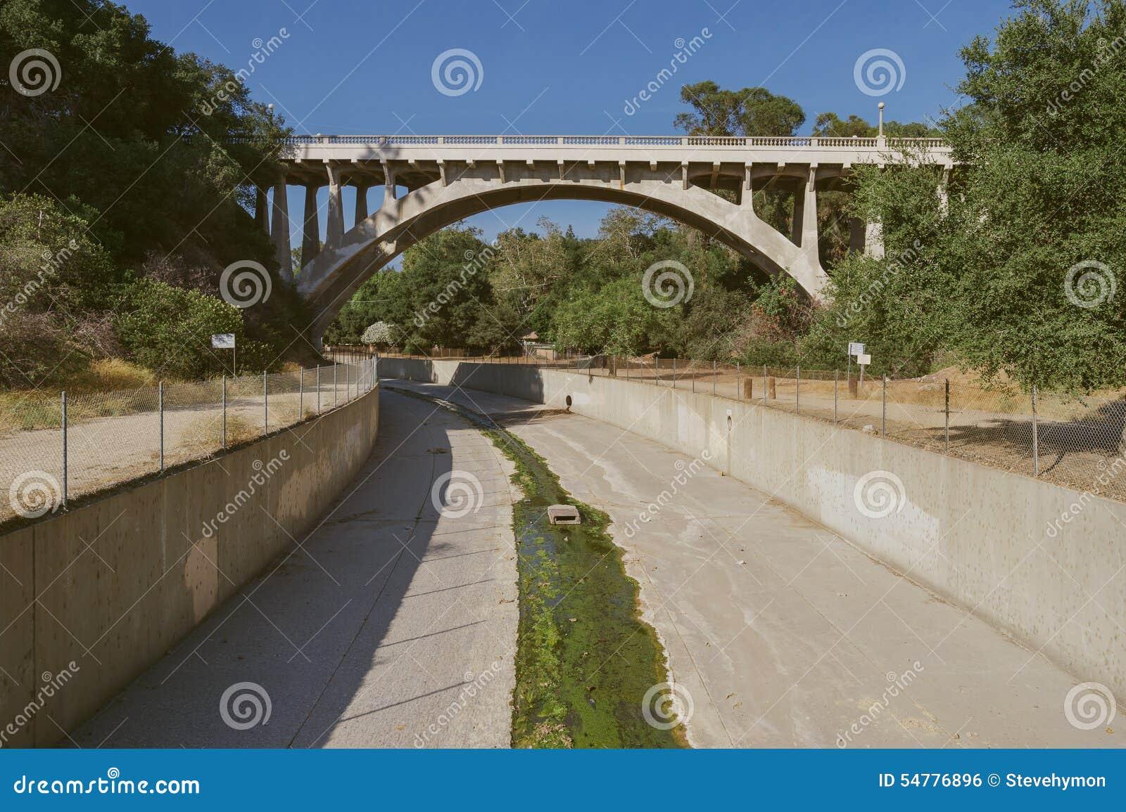 Канал регулирования паводковых вод, Los Angeles County