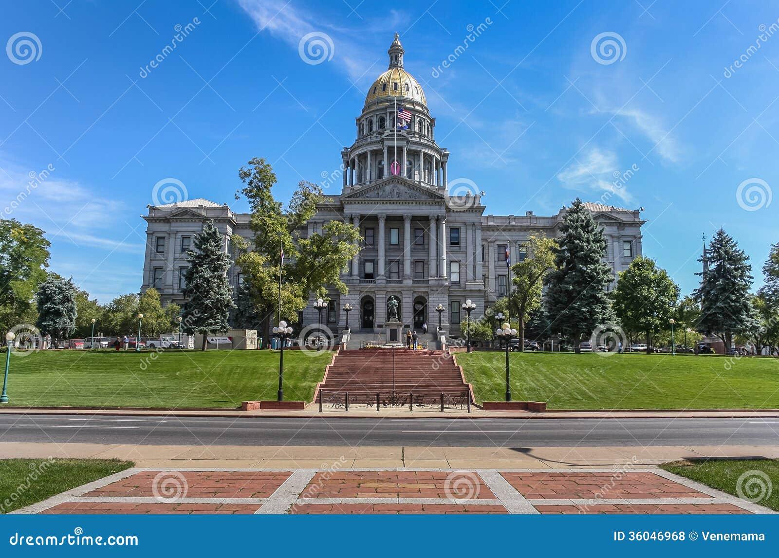 Капитолий положения Колорадо в центре Денвера