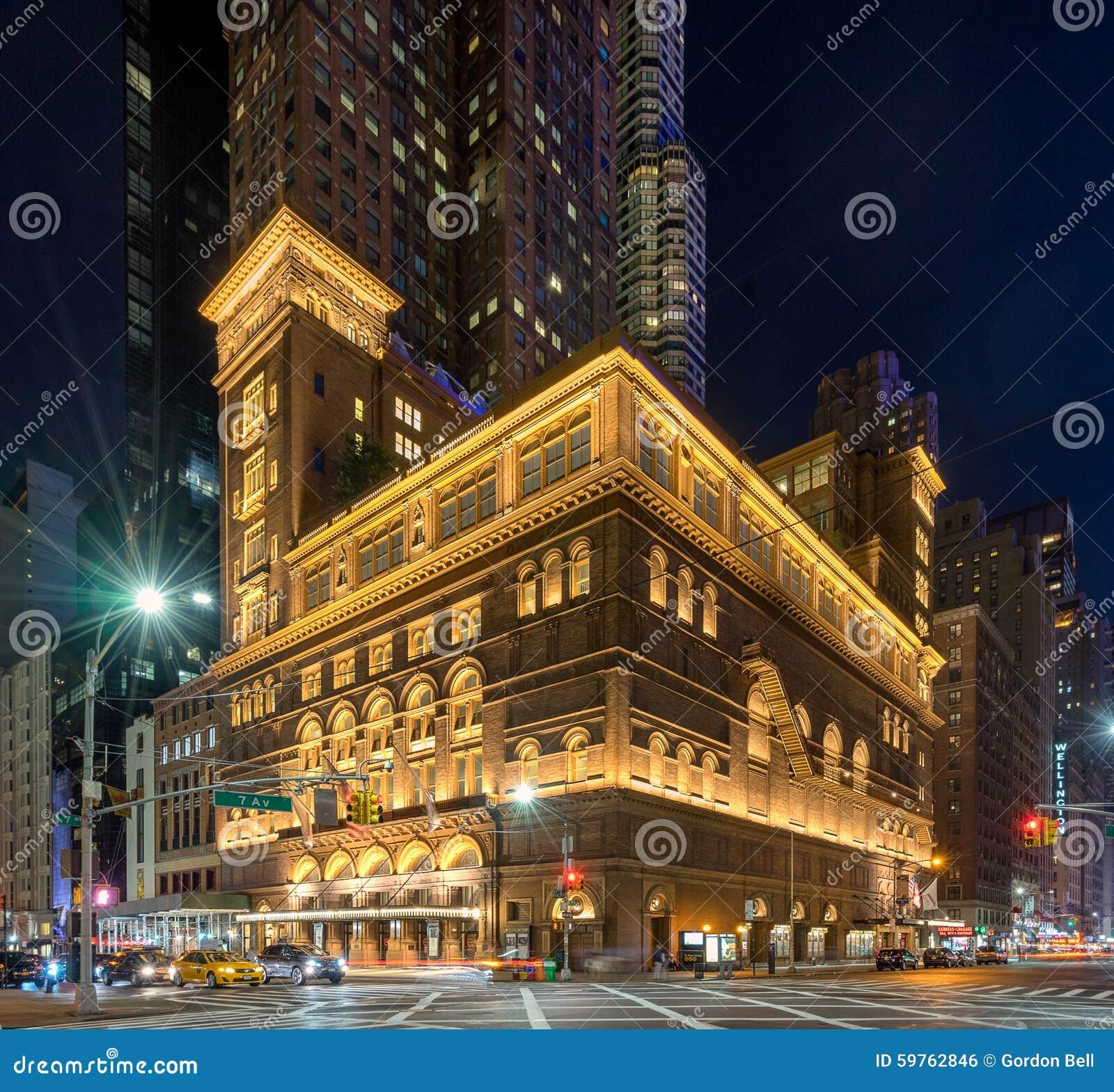 3c1bf2d574f4 Нью-Йорк, США 5-ого сентября 2015 Carnegiе Hall Карнеги-Холл место концерта  в центре города Манхаттане в Нью-Йорке, конструированном архитектором  Вильямом ...