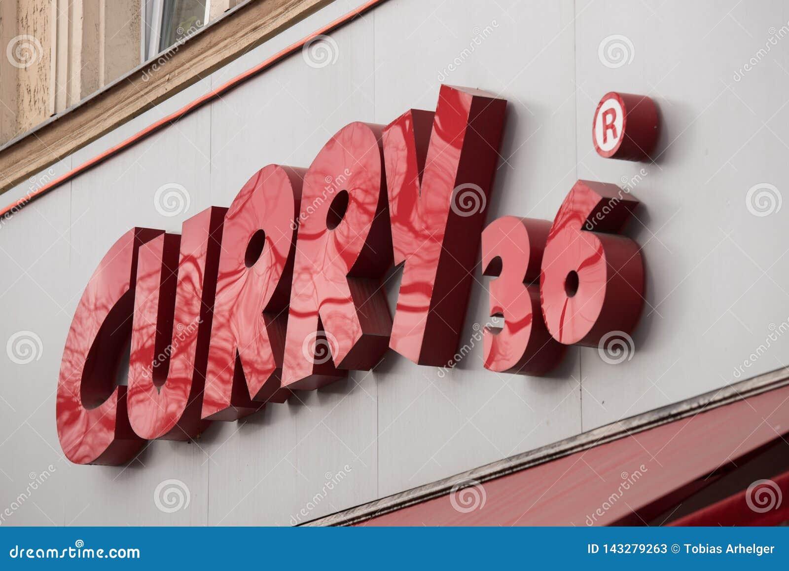 Карри 36 подписывает внутри Берлин Германию